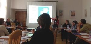 Eilis Presenting